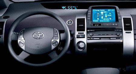 Pogled na Toyotu Prius iznutra